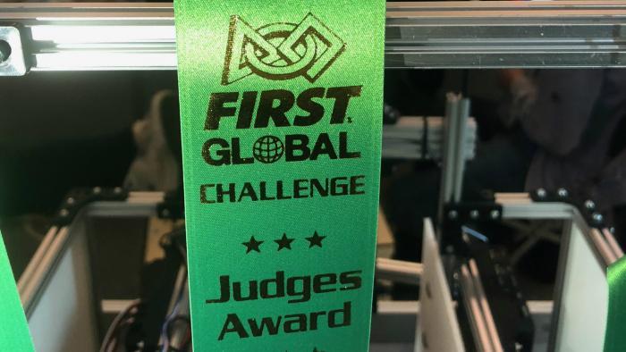 Cena porotcov za technickú stránku robota na FIRST Global 2018 v Mexiku